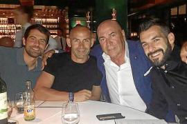 Los rostros del deporte se dejan ver ya por Ibiza