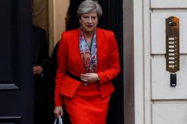 May intentará formar Gobierno con los unionistas del Ulster