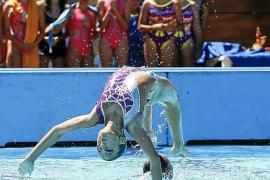 Rotundo éxito regional para la natación sincronizada pitiusa