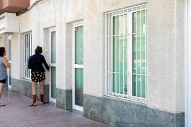 Vila pide el desalojo de los bajos 'patera' de ses Figueretes y ordena su precinto