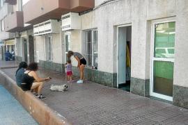 Piden al juez que suspenda el precinto de los bajos 'patera' de ses Figueretes