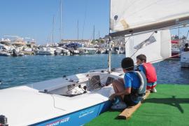 El Club Náutico de Ibiza rinde homenaje a sus regatistas más veteranos