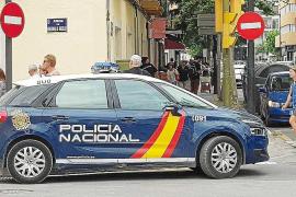 La Policía Nacional detiene a un hombre por cinco robos en la Marina