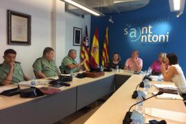 Hoteleros de Sant Antoni y Consell facilitarán el alojamiento a 32 agentes