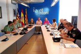 Hoteleros de Sant Antoni y el Consell ofrecen alojamiento para 32 agentes de refuerzo