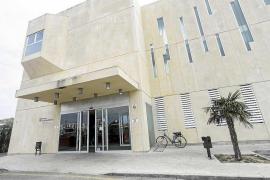 El Área de Salud pitiusa estudiará las demandas de los profesionales del SUAP
