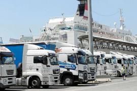 Los estibadores de Ibiza dejan de secundar la huelga tras pactar con las empresas