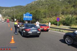 Denuncian a conductores de un rally de coches de lujo entre Holanda y Valencia