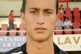 Álvaro Muñiz, primer fichaje del Formentera en Segunda B