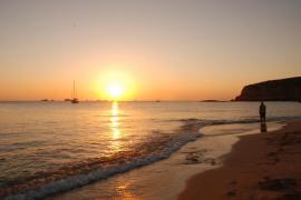 Sólo Marbella gana a Ibiza