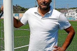 Eduardo Suárez pasa al cargo de coordinador de la cantera