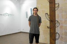 Javier Ens nos sumerge en un trance chamánico a través de sus obras artísticas