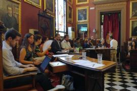 Los grupos de Cort piden a Álvaro Gijón que no siga como regidor y Durán (PP) se desvincula