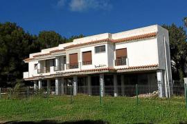 Santa Eulària concede la licencia de derribo de la casa ilegal de s'Argamassa