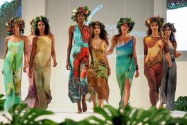 La moda de Formentera desfila en defensa de la posidonia