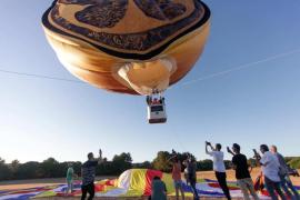 Tomorrowland y su 'Garden of madness' se presentaron en un globo aerostático