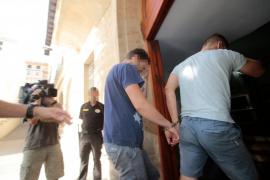 Pasan a disposición judicial los dos detenidos por agredir a uno de los testigos protegidos del 'caso Cursach'