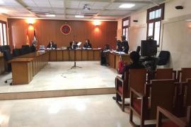 Condenado a ocho años de prisión el joven que cosió a cuchilladas a un chica en Cala de Bou