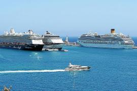 Ibiza recibe en un día la visita de cuatro cruceros con cerca de 10.000 turistas