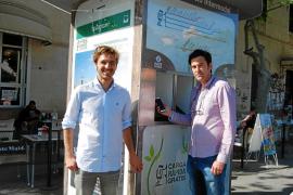 Free Charge Station: mobiliario urbano inteligente