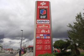 Iberia, Spanair i Air Europa suben sus billetes por el encarecmiento del petróleo