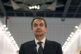 Zapatero llega a Túnez para ofrecer apoyo  técnico y económico a la transición