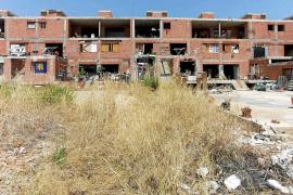La Sareb alega que no es dueña del edificio 'okupa' de es Viver para no limpiar el solar