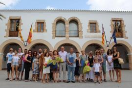 Santa Eulària reconoce la labor educativa de un profesor y tres maestros jubilados