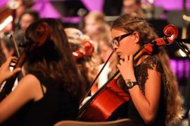 La Jove Orquestra Simfònica d'Eivissa se luce en el Palau de Congressos