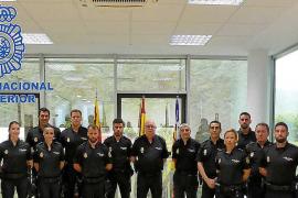 Ibiza recibe a 10 policías nacionales en prácticas