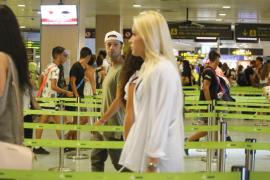 22-J: el día más intenso del año en el aeropuerto de Ibiza