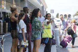 El aeropuerto de Ibiza registra un día de récord con colas por la huelga