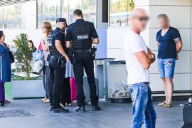 El PSOE pide la reapertura de la Comisaría de la Policía Nacional en el aeropuerto de Ibiza