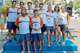 Los palistas del Club Náutic Sant Antoni se hacen con seis medallas