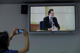 Rajoy niega conocer una caja B del PP, financiación ilegal y el cobro de sobresueldos