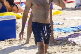 Miguel Ángel Muñoz luce cuerpo en Ibiza