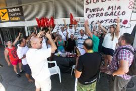 Preacuerdo para desconvocar la huelga de vigilantes del aeropuerto de Ibiza