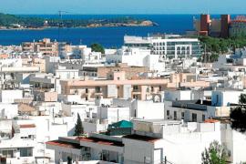 PSOE y Podemos alcanzan un acuerdo para prohibir el alquiler de pisos turísticos en Ibiza