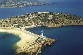El faro de una isla que se acabó uniendo a tierra