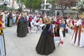 Vara de Rey se viste de tradiciones