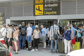 Más de 382.000 viajeros pasarán esta semana por la terminal