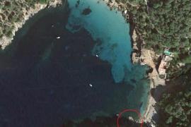 Sant Antoni proyecta la reorganización del tráfico marítimo en Cala Salada