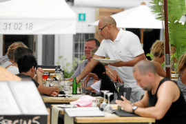 El paro cae un 13,7% en Ibiza y crecen un 4,3% los cotizantes