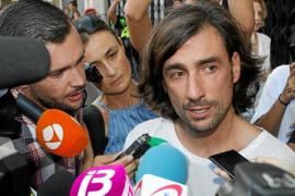 Un edema cerebral masivo pone fin a la carrera por la vida del expiloto Ángel Nieto