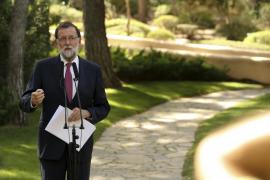 Rajoy destaca en Marivent que «no podemos tratar a los turistas a patadas»