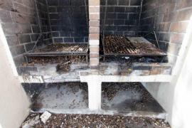 Vecinos de Platja d'en Bossa denuncian la falta de limpieza y mantenimiento del barrio