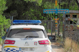 Vecinos de Santa Gertrudis se personan en el 'caso es Polvorí' y denuncian vertidos ante el Govern