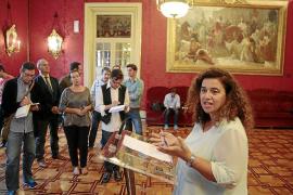 El Govern crea tres nuevas plazas de asesor en la Conselleria de Presidència