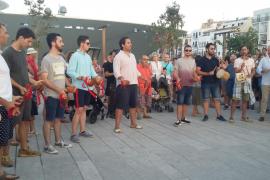 Más de 200 personas se congregaron alrededor de los 'balladors'