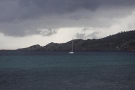 Fuerte tormenta de verano en las Pitiusas (Fotos: A. Escandón)